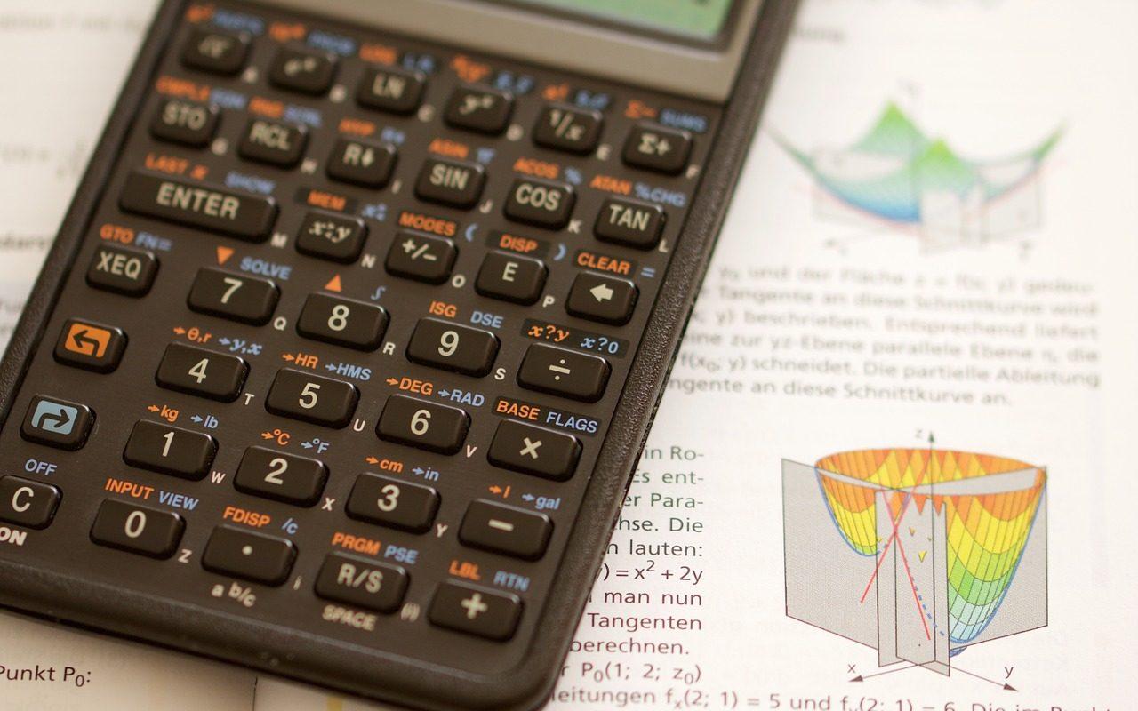 Bien choisir sa calculette scientifique pour le lycée